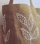 imagen Bolso de yute bordado con hojas