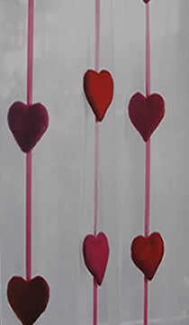 cortinas-con-detalle-en-corazones