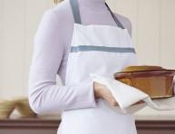 imagen Delantal con paños de cocina