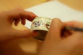 Ana Isabel Bernal Portavelas romántico con latas de atún 05