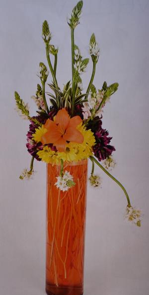 Arreglo floral en naranja 1