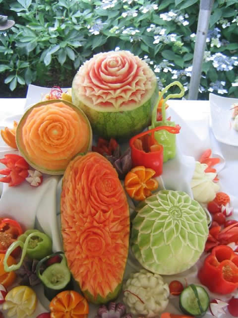 ===El arte comestible=== - Página 8 Tallado-de-frutas-y-verduras-011