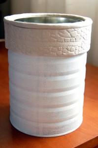 Transforma una lata en macetero 3