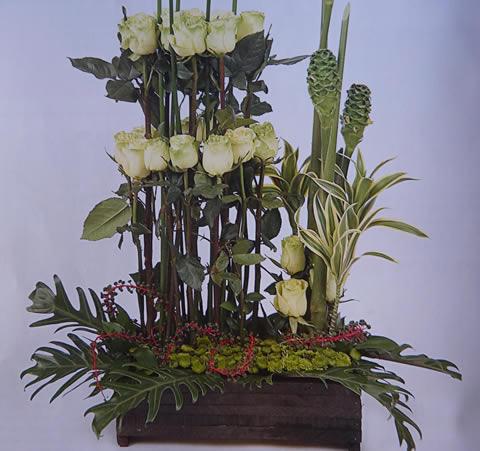 Arreglo floral en verde-2f