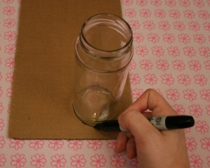 Manualidades para el hogar un florero con carton 2