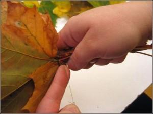 Ramo de rosas realizadas con hojas secas-14