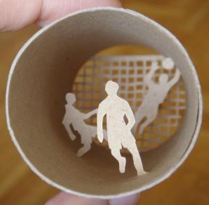 Una original forma de reciclar los rollos de papel higienico0