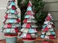 imagen Arbol de navidad con cintas de papel