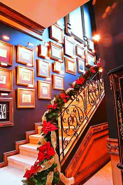 Algunas ideas para decorar las escaleras en navidad1