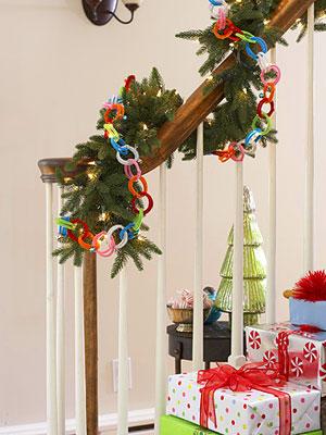 Algunas ideas para decorar las escaleras en navidad gu a for Como decorar gradas