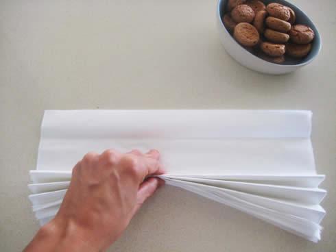 Corona para puerta con papel seda3