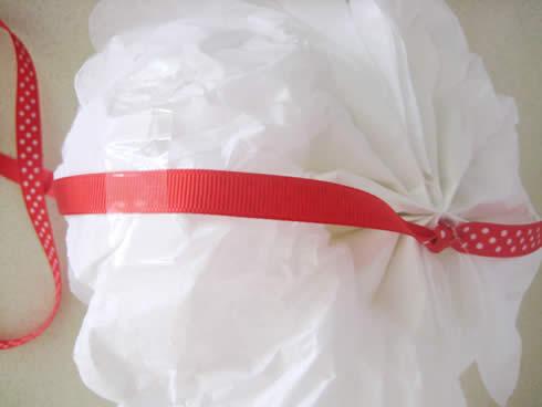 Corona para puerta con papel seda9