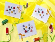 imagen Invitaciones decoradas con botones
