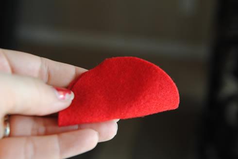 Manualidades del Dia de los Enamorados Corazón de fieltro muy romántico5