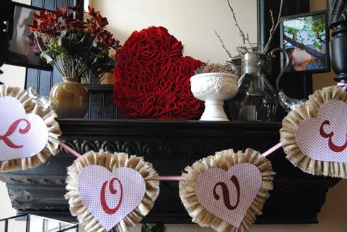 Manualidades del Dia de los Enamorados Corazón de fieltro muy romántico2