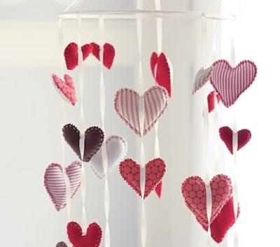 Manualidades para san valent n rom ntica cortina for Decoracion amor y amistad oficina