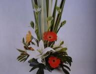 imagen Manualidades con flores: arreglo floral para cena inolvidable