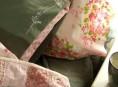 imagen Borda las fundas de tus almohadas
