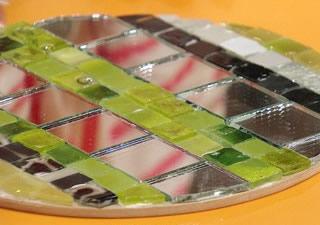 Paso 6 de bandeja giratoria con mosaico para tu hogar