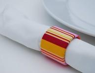 imagen Reciclando materiales para hacer servilleteros