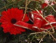 imagen Adorno con flores para Navidad