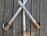 imagen Espadas de cartón para los peques