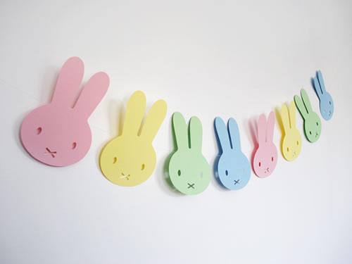 Guirnarlda de conejos para pascuas - Guía de MANUALIDADES