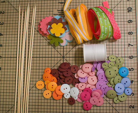 Patrones de flores en cinta imagui for Manualidades para decorar el hogar