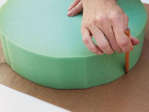 Cojines redondos para tu recibidor gu a de manualidades for Hacer cojines para sillas