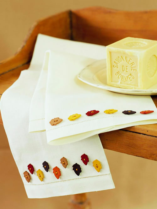 Decoracion De Baño Manualidades:Toallas de baño con botones de diseño Artículo Publicado el 3105