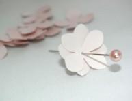 imagen Topiario romántico con flores de papel