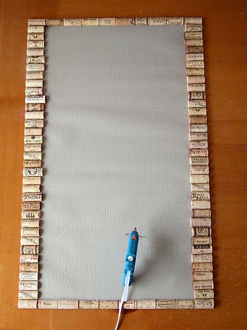 alfombra reciclando corchos 2