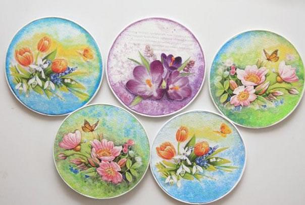 Decoupage sobre cds gu a de manualidades for Cd reciclados decoracion