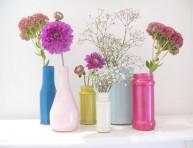 imagen De envase de vidrio a jarrón decorado