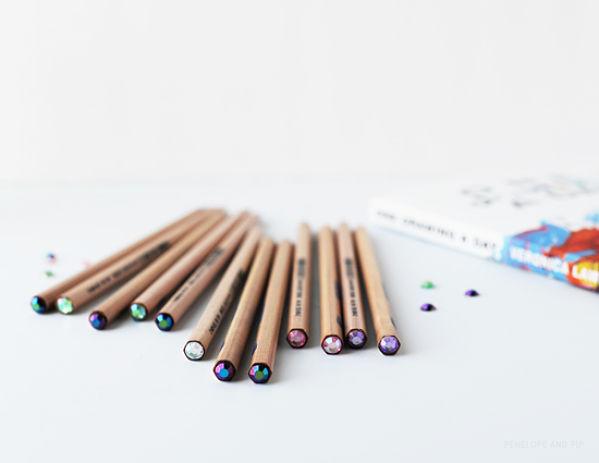 personaliza tus lápices con lentejuelas 1