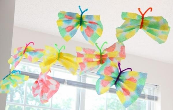 Coloridas mariposas de papel para jugar 1