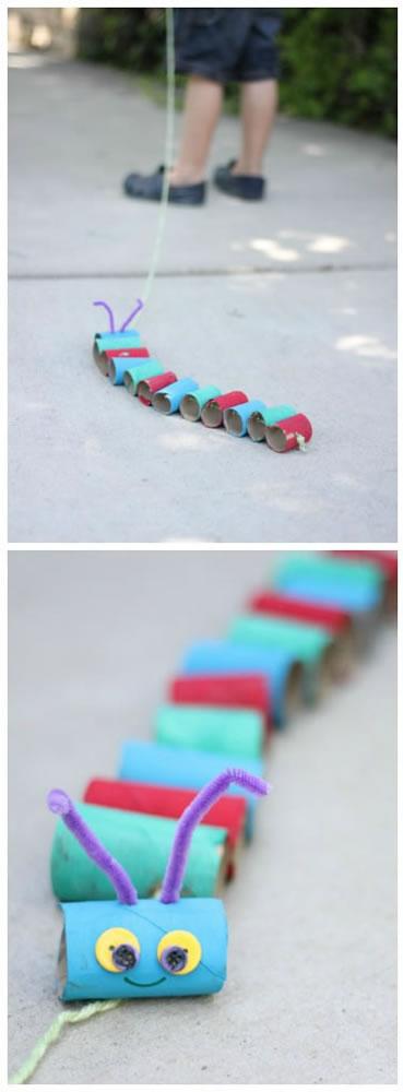 gusano para jugar con tubos de carton 1