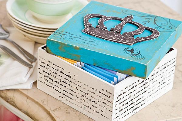 caja para el té con la técnica del decoupage 1