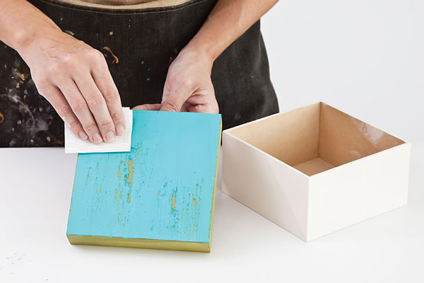 caja para el té con la técnica del decoupage 3