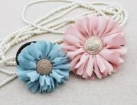 imagen Flores para el cabello con tela y botones