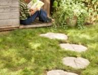 imagen Losas para el jardín con hojas