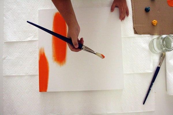 Un cuadro original para tu sala gu a de manualidades - Como pintar un cuadro moderno ...