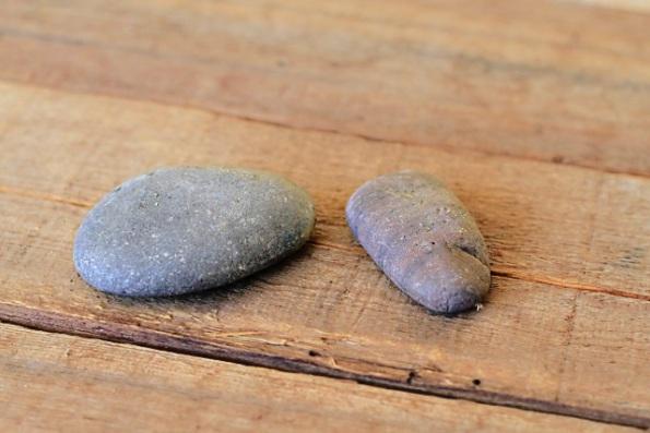 Idea para grabar piedras de río 1