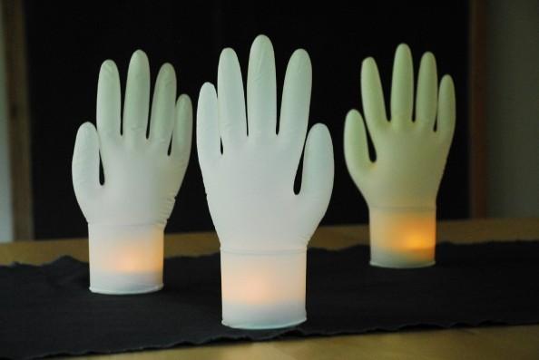 Cómo hacer manos luminosas 1
