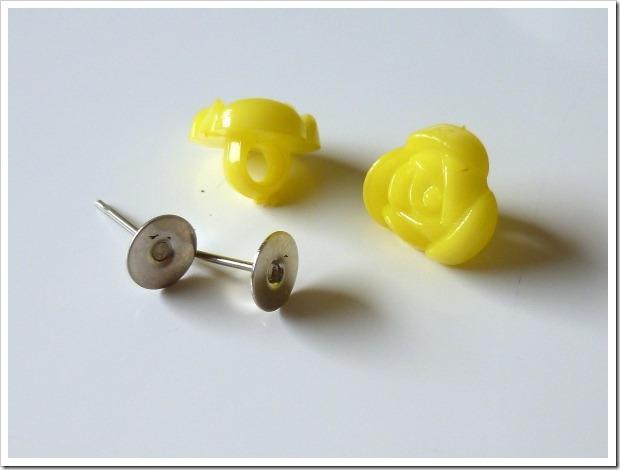 Cómo hacer pendientes con botones 2