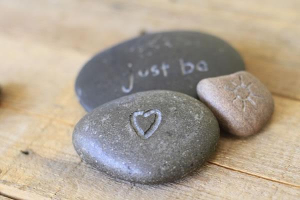 Idea para grabar piedras de río