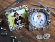 imagen Porta retrato con tuercas y tornillos