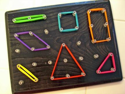 Tablero para hacer formas geométricas 2