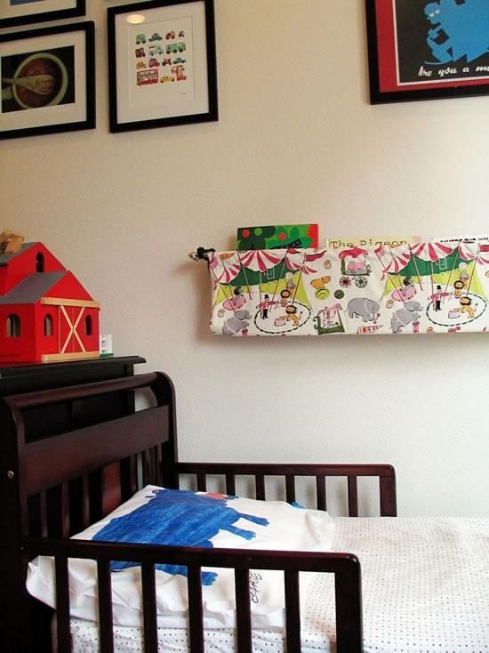 Estanter a de tela para libros infantiles gu a de for Estanteria pared infantil