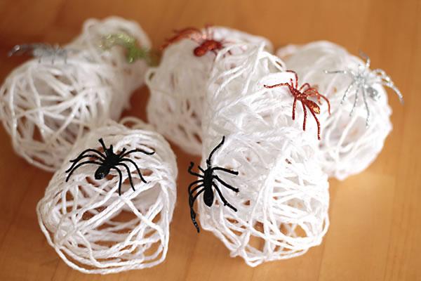 Nidos de ara a para decorar gu a de manualidades - Como hacer tela de arana ...